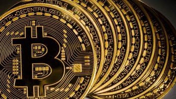 Bitcoin Fiyatı Grafiklerindeki Ters Korelasyon Neyi Gösteriyor