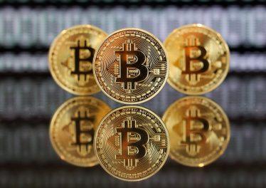 Bitcoin Tahmini Yaparken; Gümüş Tehlikesi!